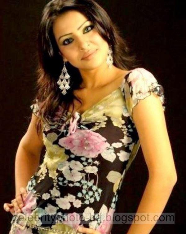 Beautiful%2BHot%2BBangladeshi%2Bgirl%2BSrabosri%2BDutta%2BTinni's%2BNew%2BHD%2BPhotos017