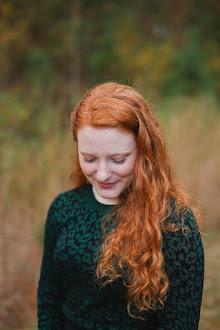 Jane Bronwyn, 17