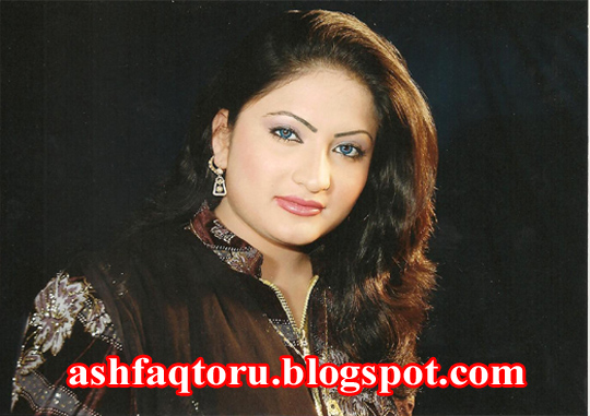 Salma Shah Six http://ashfaqtoru.blogspot.com/2011/11/pashto-cds-tv-and-telefilm-actress.html