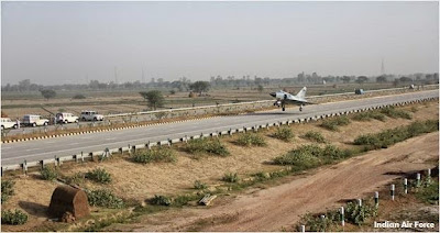 IAF tested fighter plane landing near Mathura on Agra Delhi Yamuna Expressway
