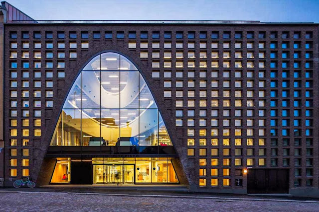 04-Helsinki-University-Main-Library-by-Anttinen-Oiva-Architects