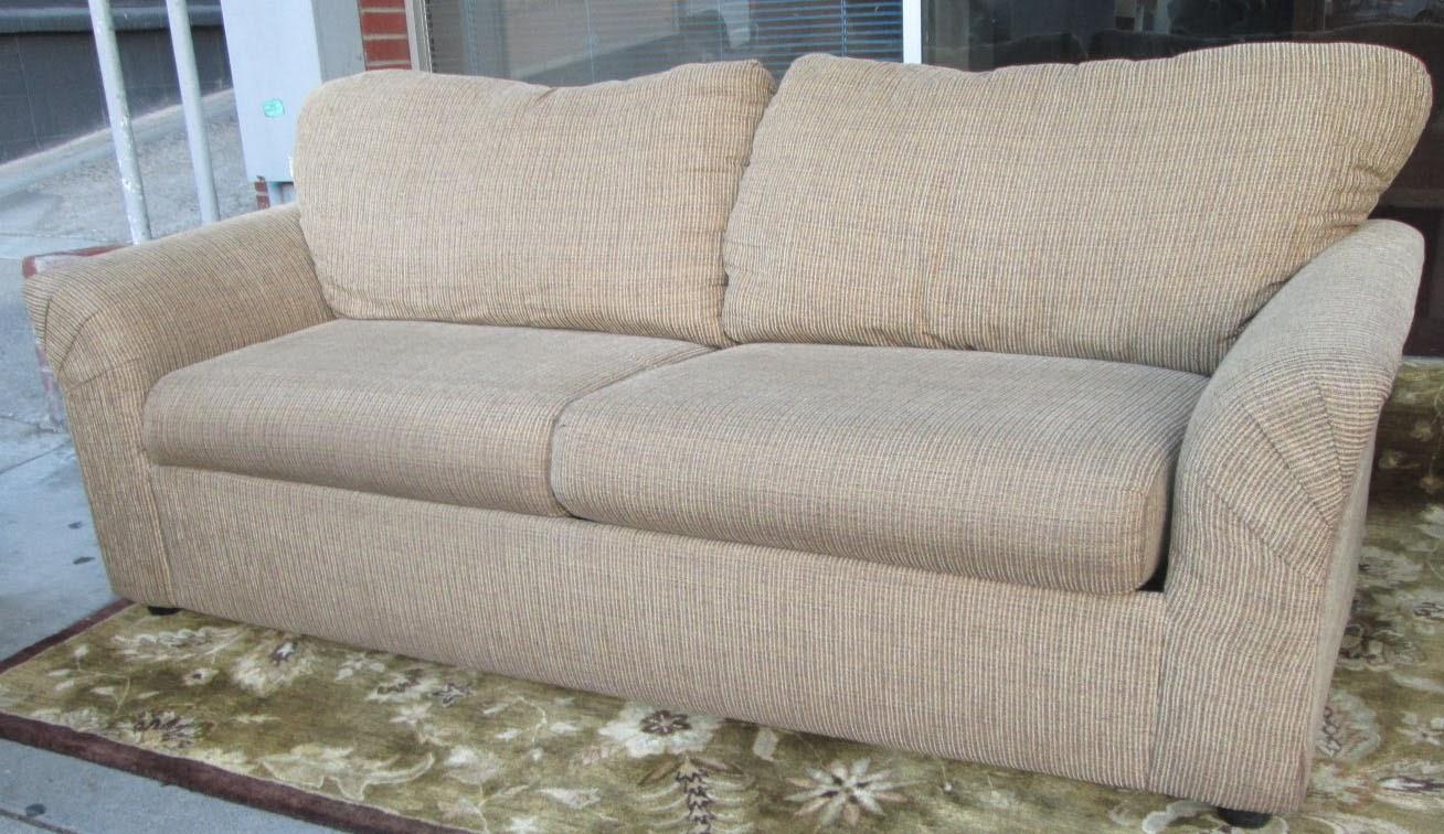 UHURU FURNITURE COLLECTIBLES SOLD Sofa Sleeper With