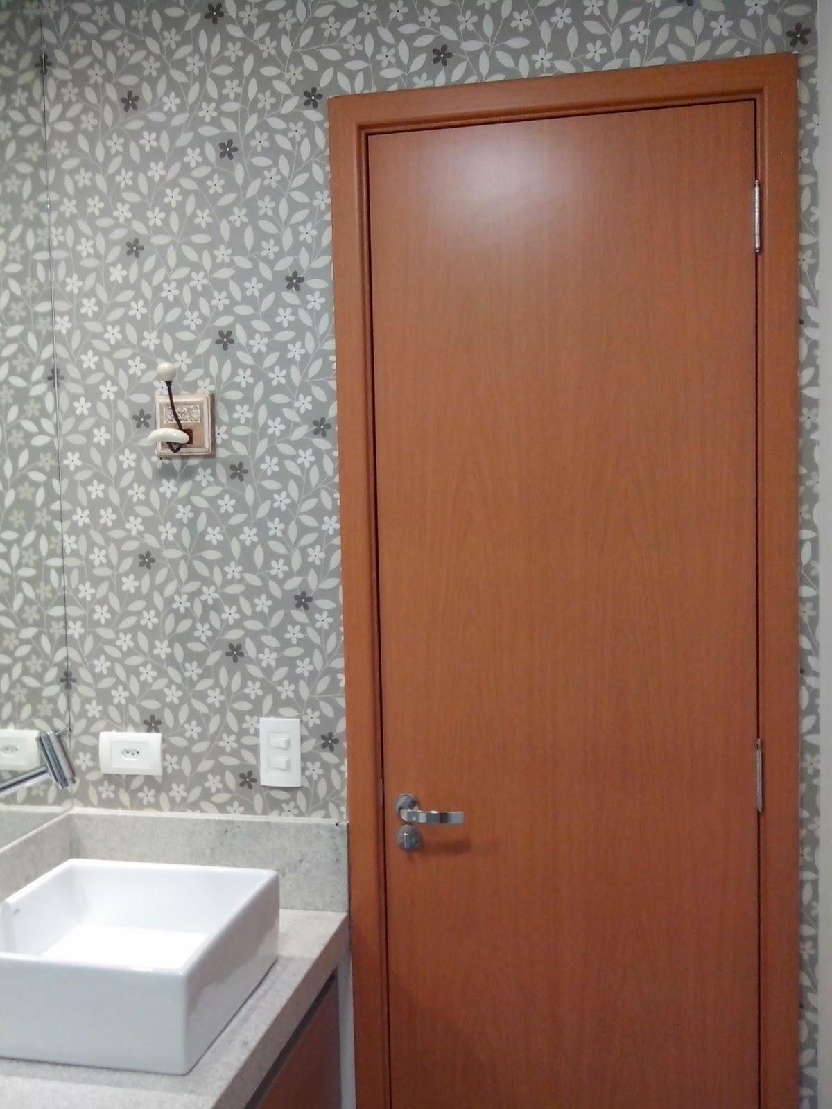 Reforma do meu apê: Papel de parede e espelhos #7C432F 1200 1600