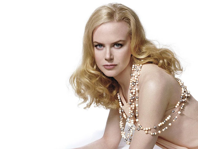 Nicole Kidman have beautiful face