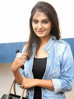 Neha Deshpandey in Jeans and Denim Jacket at Pochampally IKAT Art Mela