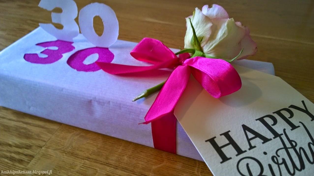 kaikki paketissa syntymäpäivälahja paketointi-idea paketointi lahjapaketti