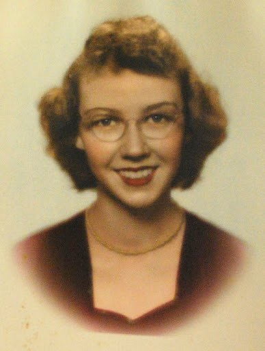 essays on flannery o connor revelation Collected works has 2,933 ratings and you really ought to read revelation, the enduring chill, a good man is hard to flannery o'connor was born in.
