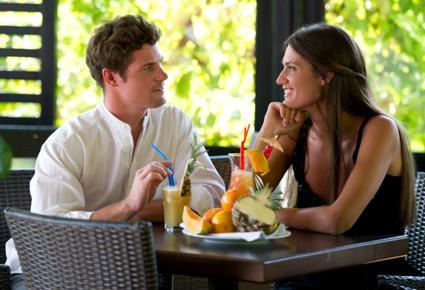 اشارات تدل ان الرجل يحبك - موعد لقاء غرامى عاطفى - romantic date