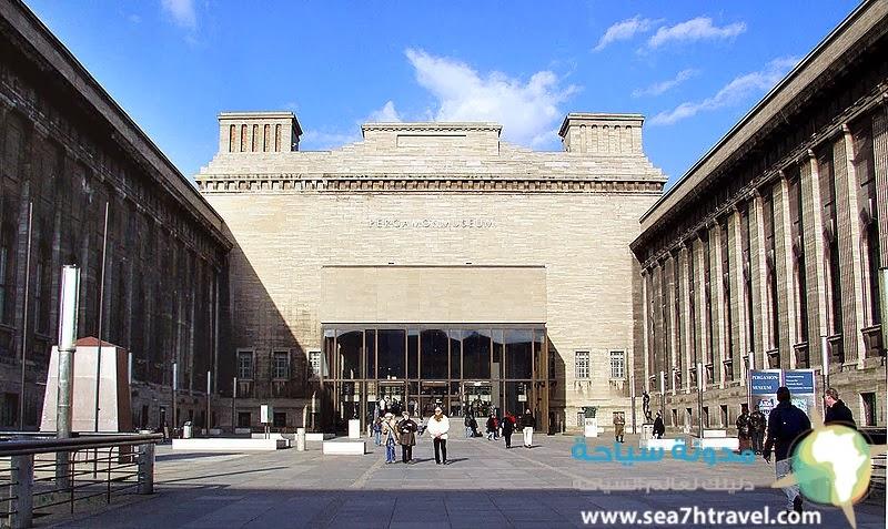 متحف بيرجامون في برلين