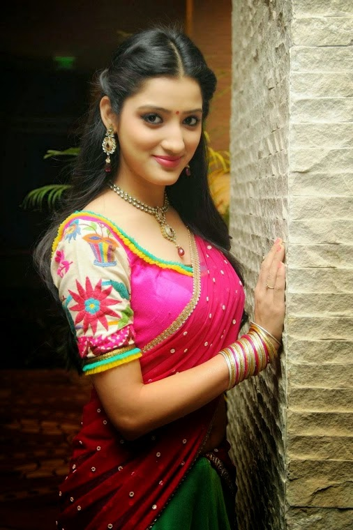 ... HD Wallpapers | SHE 2014 | Girls, Aunties And Celebrities Wallpapers