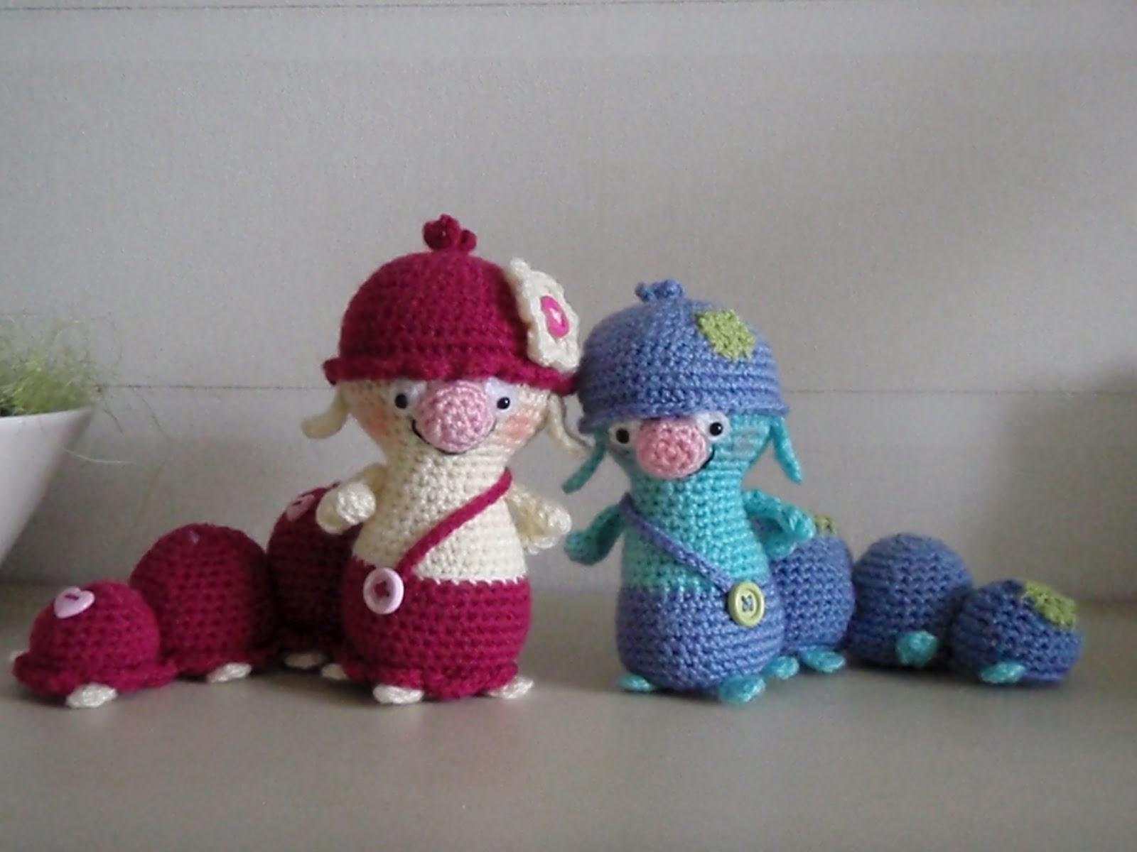Ladybird et Bourdon CREME OEUF COUVRE Knitting Pattern