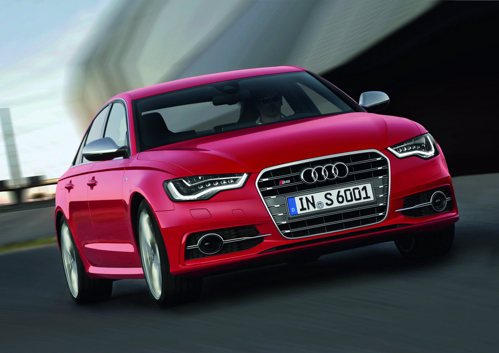 Audi to present the S6  S7 Sportback and S8 high performance