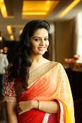 Sri Mukhi glamorous photo shoot-thumbnail-19