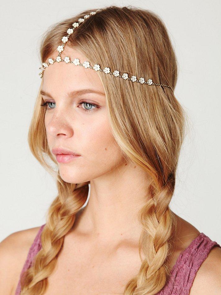 THE FASHION DIARY BLOG: Wildfox daisy head chain