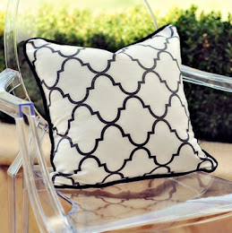Trelliage Cushion