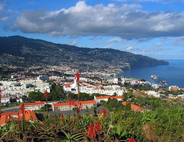 Funchal (view from Pico da Cruz) | Madeira Island (Portugal)