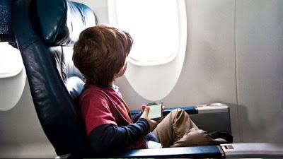 Niño vulnera seguridad de aeropuerto