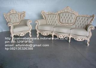 sofa ukiran klasik cat duco,sofa klasik jepara Mebel furniture klasik jepara jual set sofa tamu ukir sofa tamu jati sofa tamu antik sofa jepara sofa tamu duco jepara furniture jati klasik jepara SFTM-33075