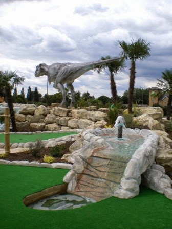 Mini Golf blog post about the Dinosaur Safari Adventure Golf Course at the A1 Driving Range in Arkley, Hertfordshire