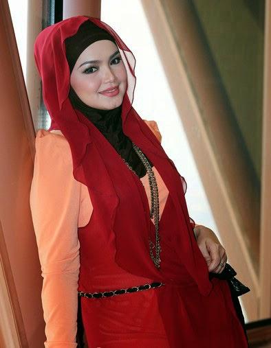 Pintar Pakai Jilbab Hijab Style Artis Cantik Siti Nurhaliza