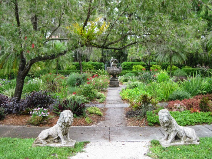 Porch Pansy: Mable Ringling\'s Secret Garden