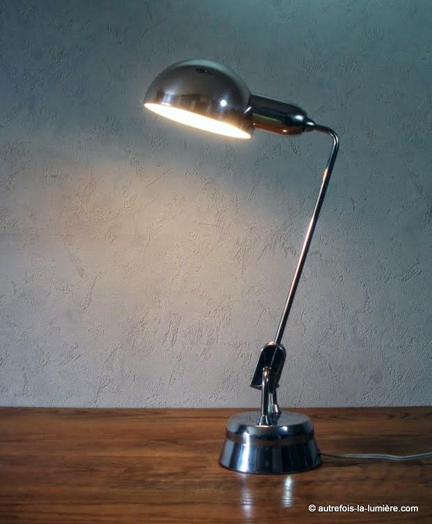 http://www.autrefois-la-lumiere.com/2014/08/lampe-jumo-600-perriand.html