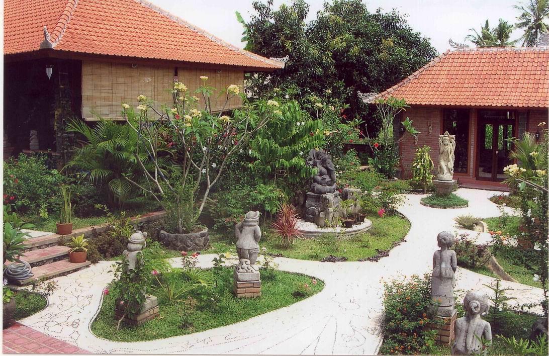 View Timur Lokasi Villa
