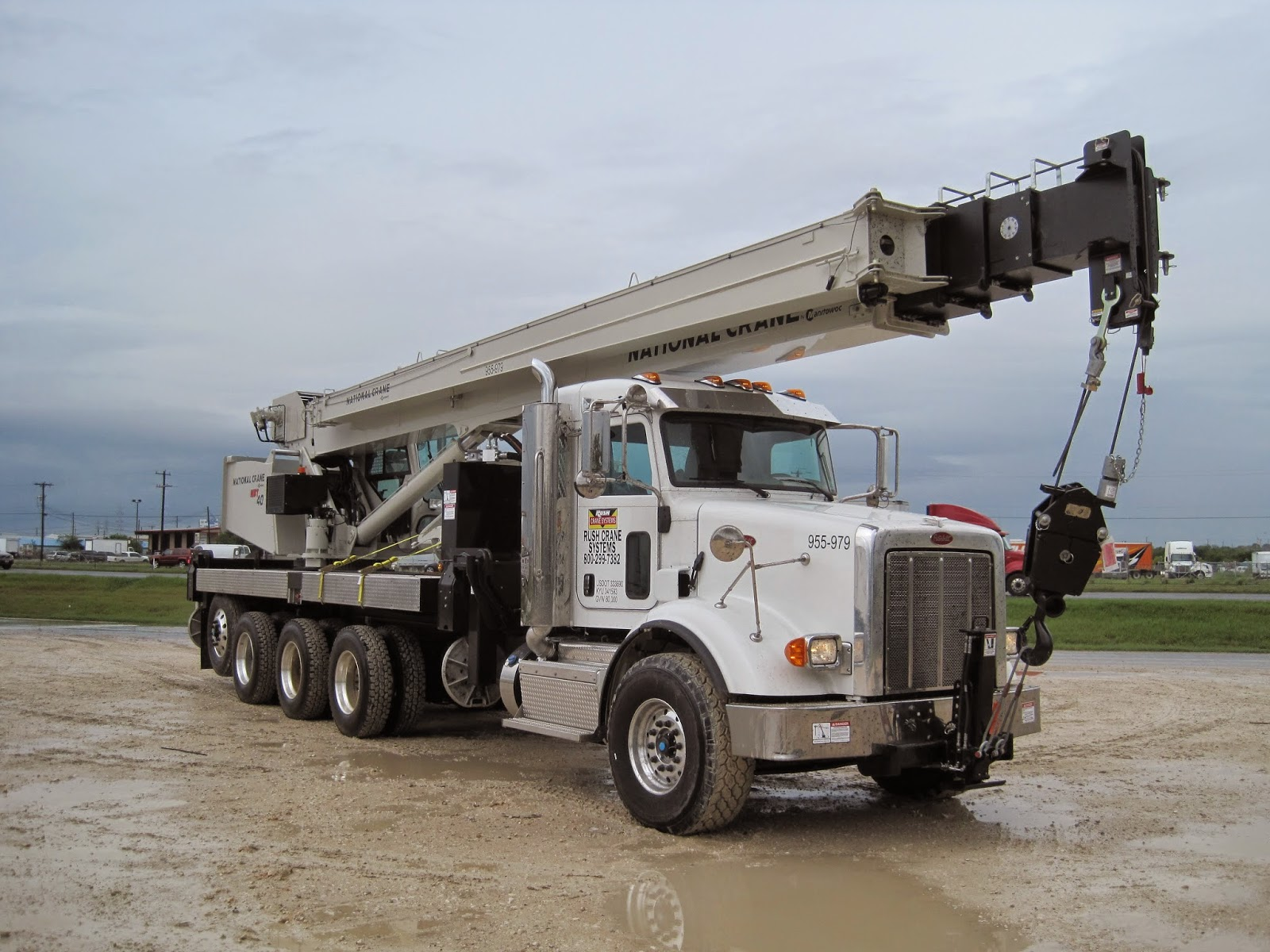 2014 used 40 ton national crane peterbilt nbt 40142
