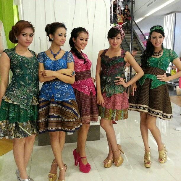 model-dress-kebaya-modern-2