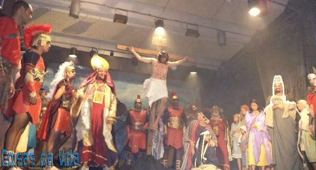 Espetáculo Paixão de Cristo de Limoeiro em 10 anos de fé e profissionalismo.