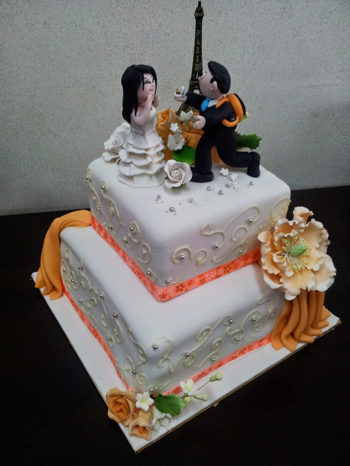 L mis Cakes & Cupcakes Ipoh Contact : 012-5991233 : 2 Tier ...