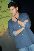 Mahesh Babu At Idea Student Awards-thumbnail-12
