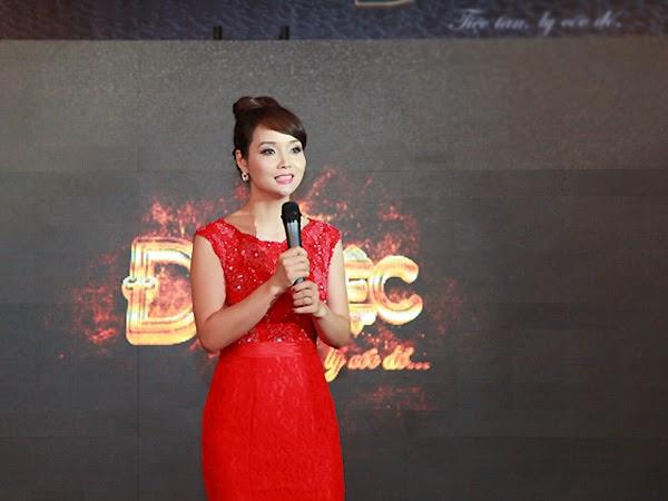Mai Hồ bạn gái Trấn Thành rực lửa trước dàn sao việt