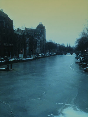 Dutch Rall amsterdam frozen riverwalk