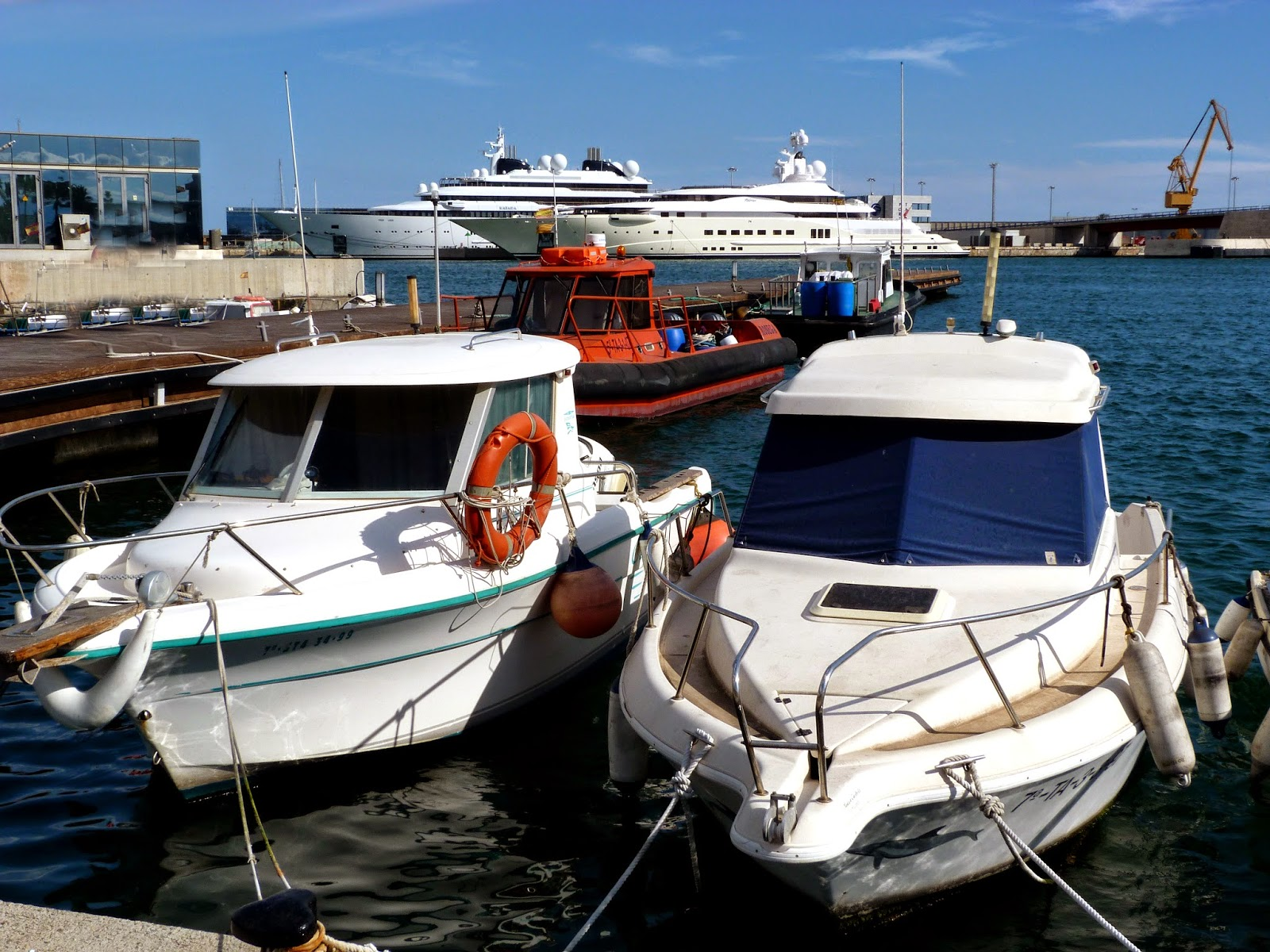 Tarragonain-barcos-yates