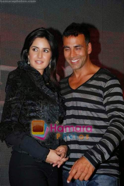 Katrina Kaif, Akshay Kumar at Singh is Kinng press meet in Taj president