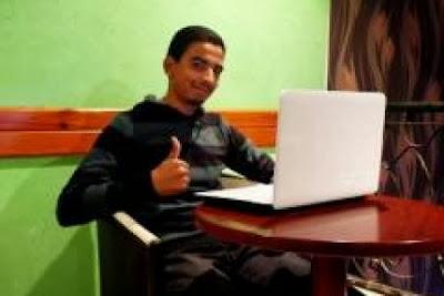 يافع مغربي يكتشف ثغرة خطيرة بموقع الفيسبوك تسمح باختراق أكبر الصفحات