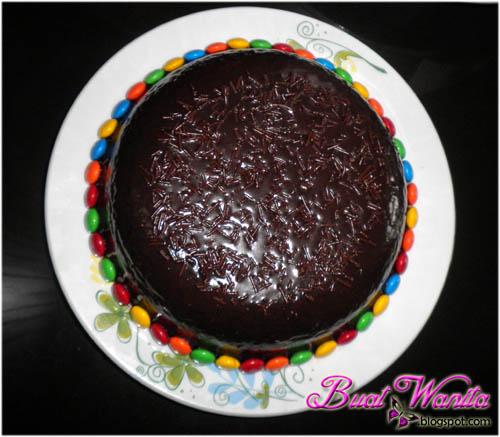 resepi mudah kek coklat moist.