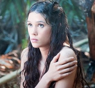 French Actress Astrid Berges Frisbey Unseen Hot Pictures