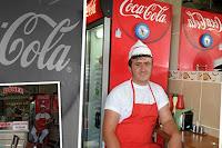 http://www.diariosdeunfotografodeviajes.com/2013/11/kebab-y-coca-cola.html