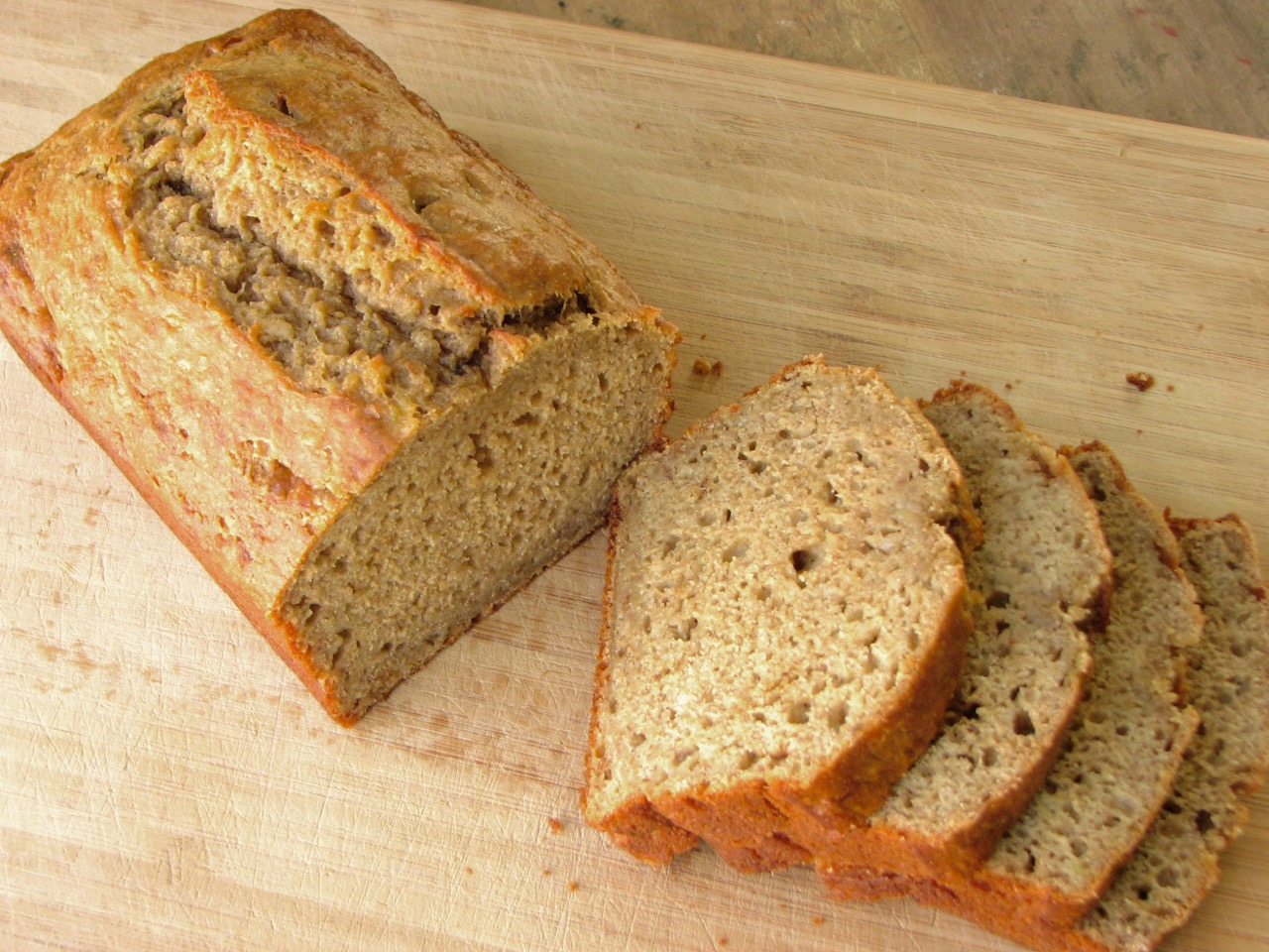 Delectably Mine: Greek Yogurt Banana Bread