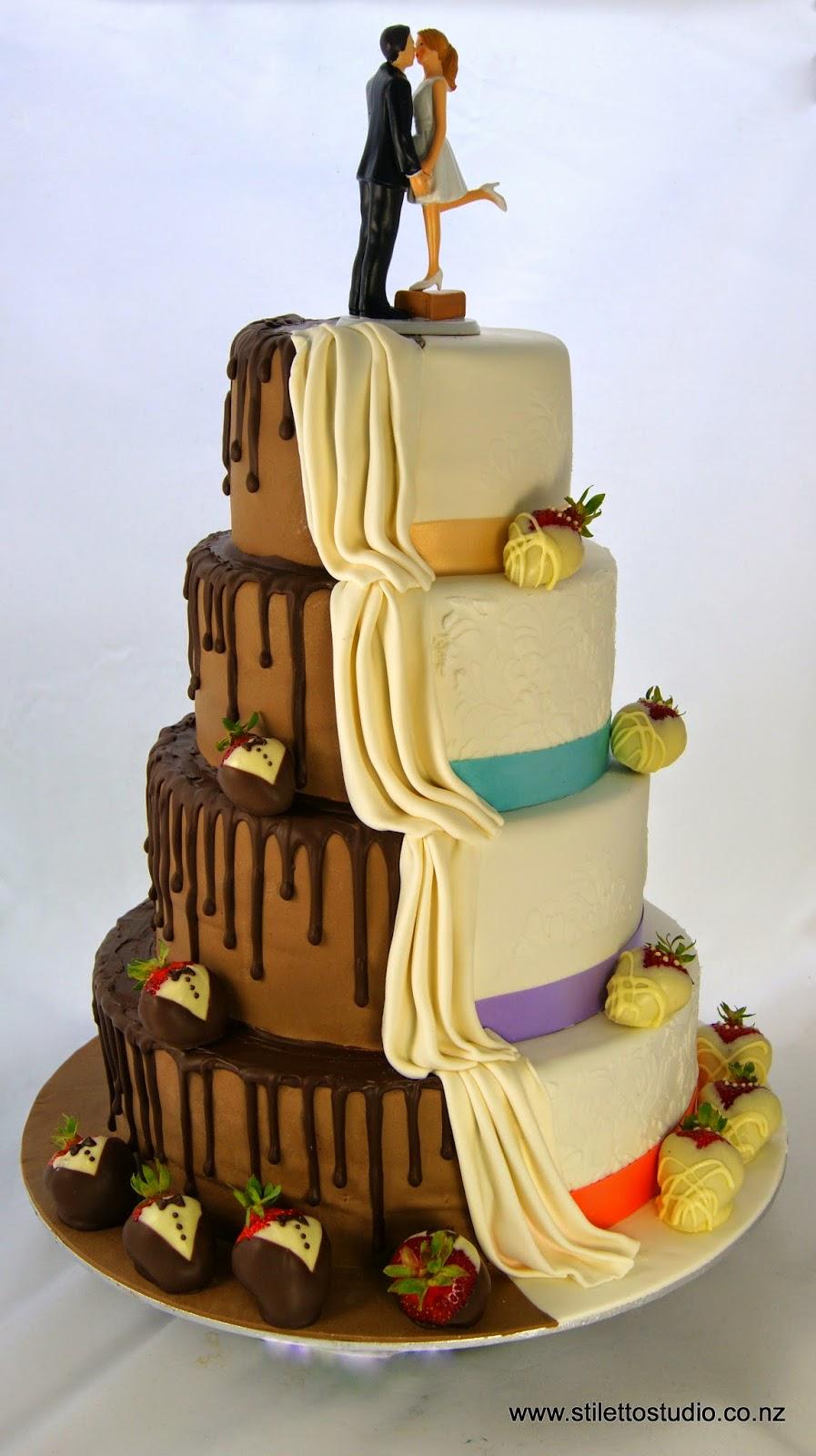 Stiletto Studio Cakes : Batman Wedding Cake