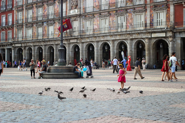 Plaza Mayor | Madrid | Chichi Mary Blog