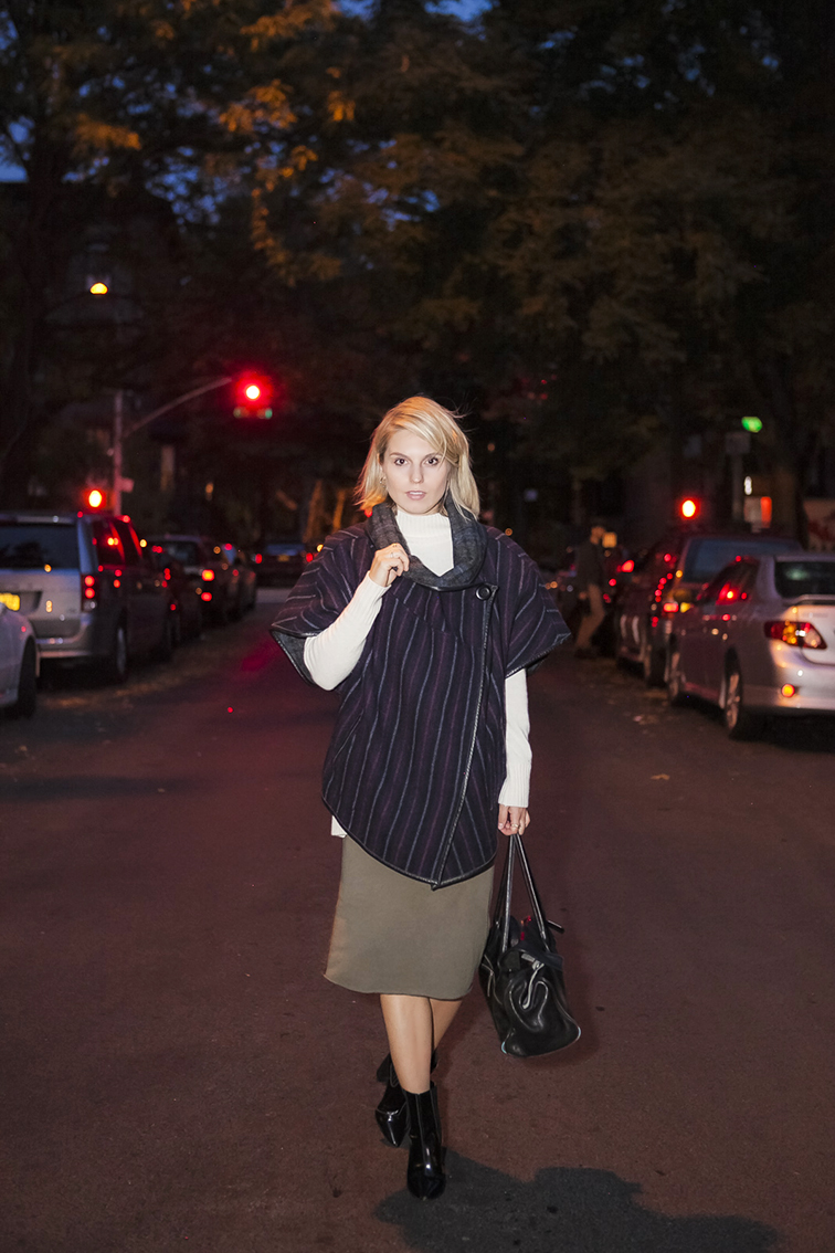 Brooklyn streets, Suno Poncho, Ann Taylor turtleneck knit, nighttime shoot