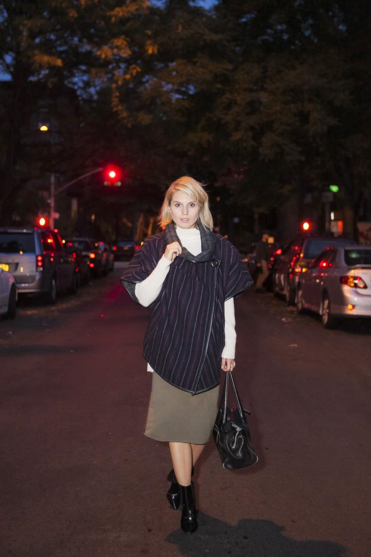 Brooklyn streets, Suno Poncho, Ann Taylor turtleneck knit, nighttime shoot
