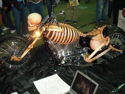 Algunas de las motos mas curiosas que circulan por ahí.