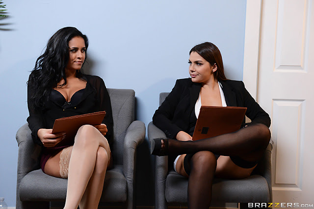 Abbey Lee Brazil, Valentina Nappi - Battle of the Stockings (Big Tits At Work)