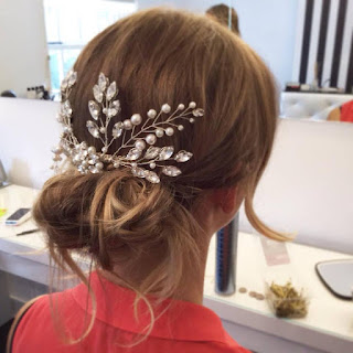 Crystal and pearl bridal hair comb accessory