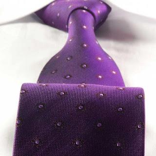 Krawat z prawdziwego jedwabiu