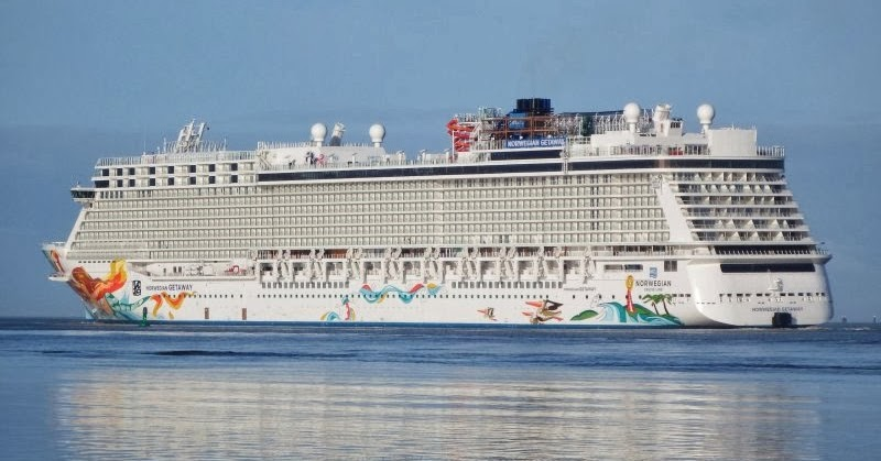 Norwegian Getaway Current Position Dual Tracking Ship Cruises